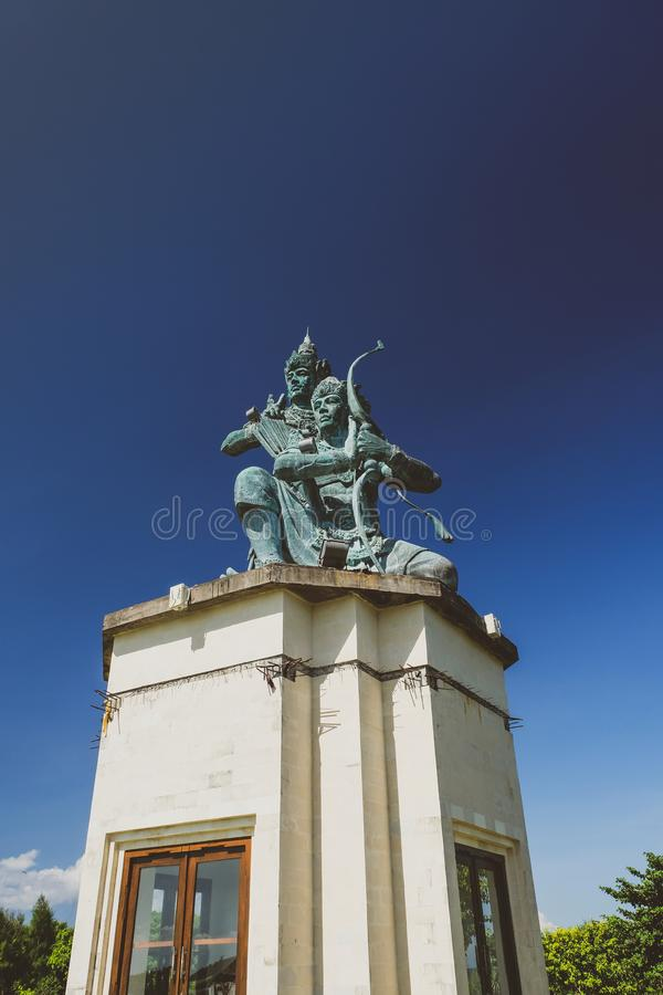 статуя balinese индусская стоковая фотография rf
