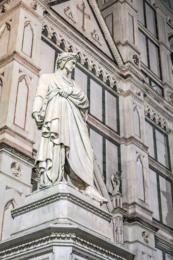 Статуя Dante в Флоренсе стоковое фото rf