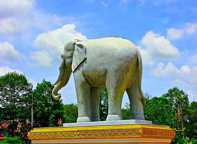 Статуя Elephent стоковая фотография rf