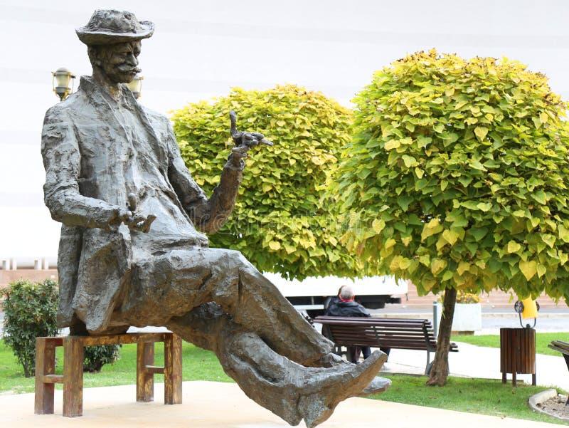 Статуя Luca Caragiale иона стоковая фотография