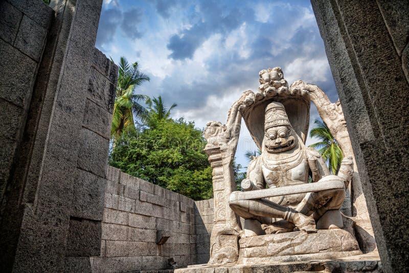 Статуя Narasimha в Hampi стоковое фото rf