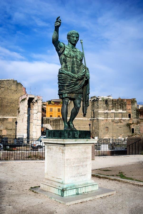 Статуя Octavian Augustus в Риме, Италии стоковая фотография rf