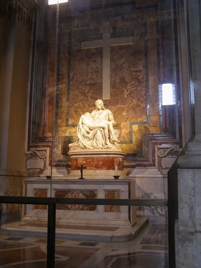 Статуя Pieta в Риме стоковая фотография