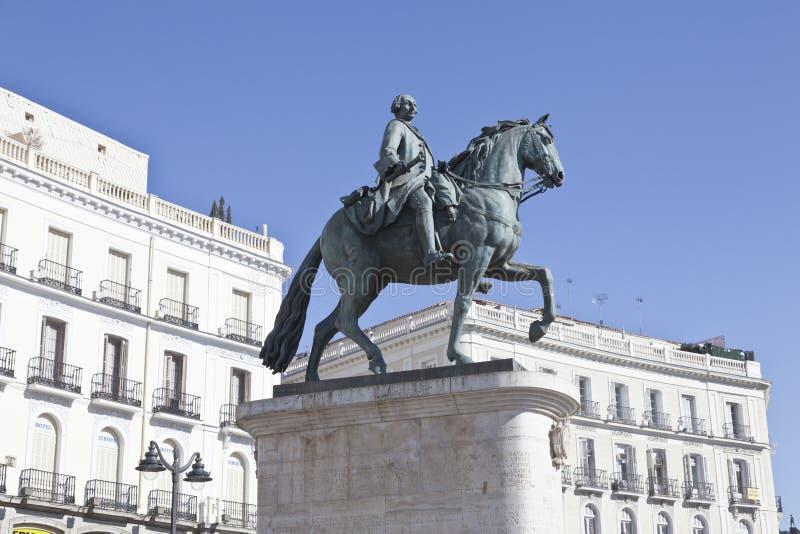статуя sol puerta madr del III carlos стоковая фотография