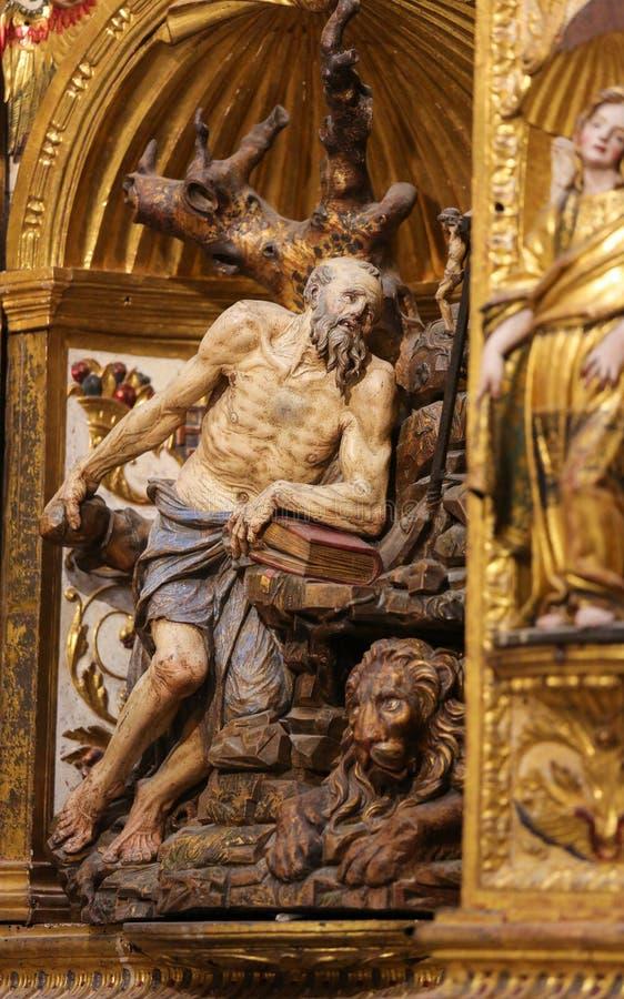 Статуя St Jerome в соборе Бургоса стоковая фотография