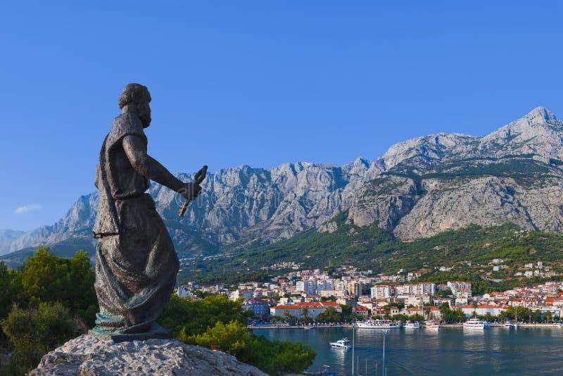 статуя st peter makarska Хорватии стоковые фотографии rf