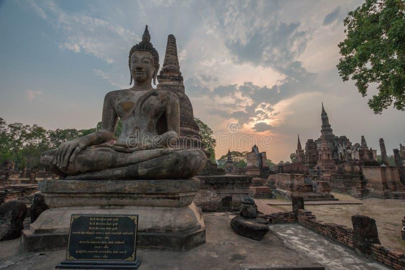 Статуя Sukhothai Будды стоковая фотография