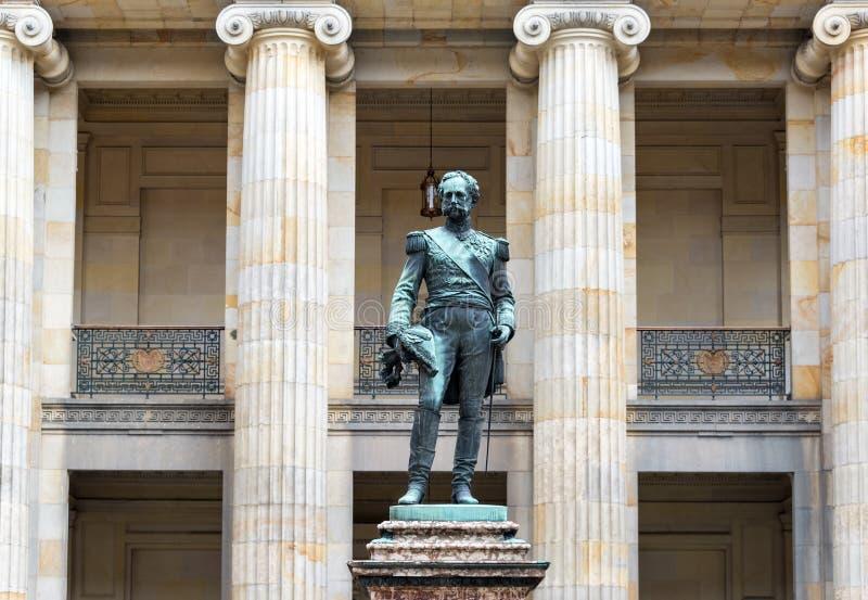 Статуя Tomas Mosquera стоковые изображения rf