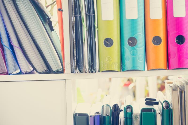 Статьи/папки офиса стоковое изображение rf