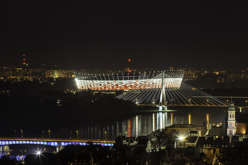 Стадион Варшавы национальный на ноче стоковая фотография rf