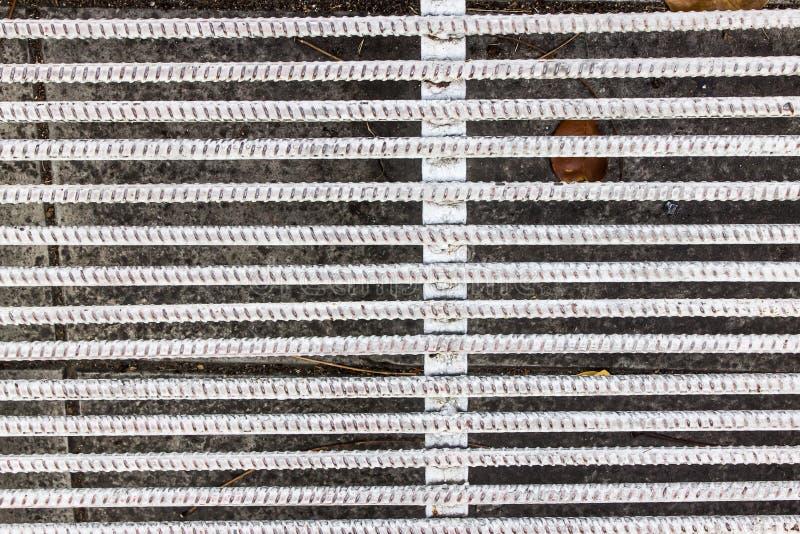 Стальная решетка, metal решетка, предпосылки и текстуры стоковые фото