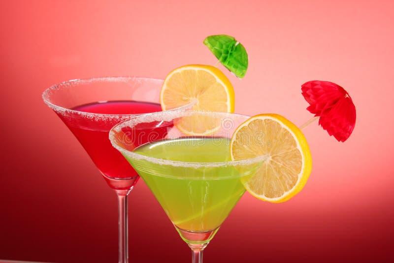 Download стекла martini стоковое изображение. изображение насчитывающей партия - 17612257