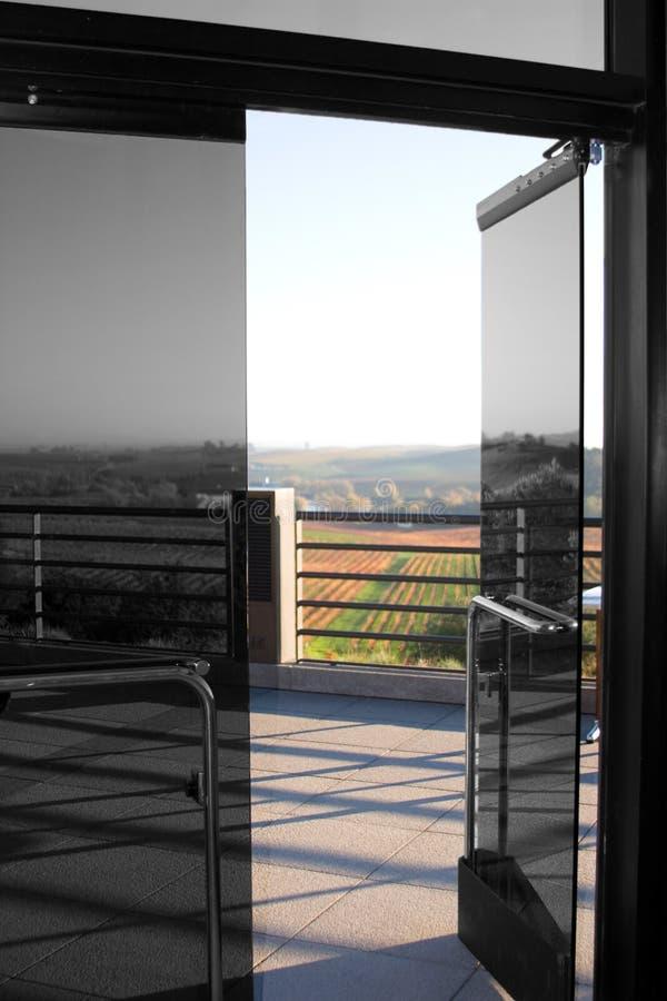 стекло двери открытое стоковое изображение rf