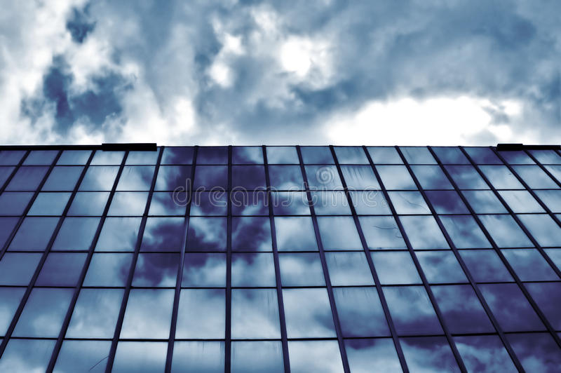 стекло здания самомоднейшее стоковые фотографии rf
