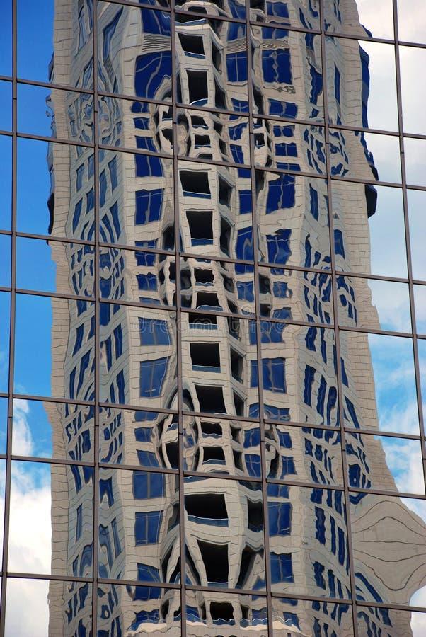 Download стекло здания стоковое фото. изображение насчитывающей темнота - 6859630