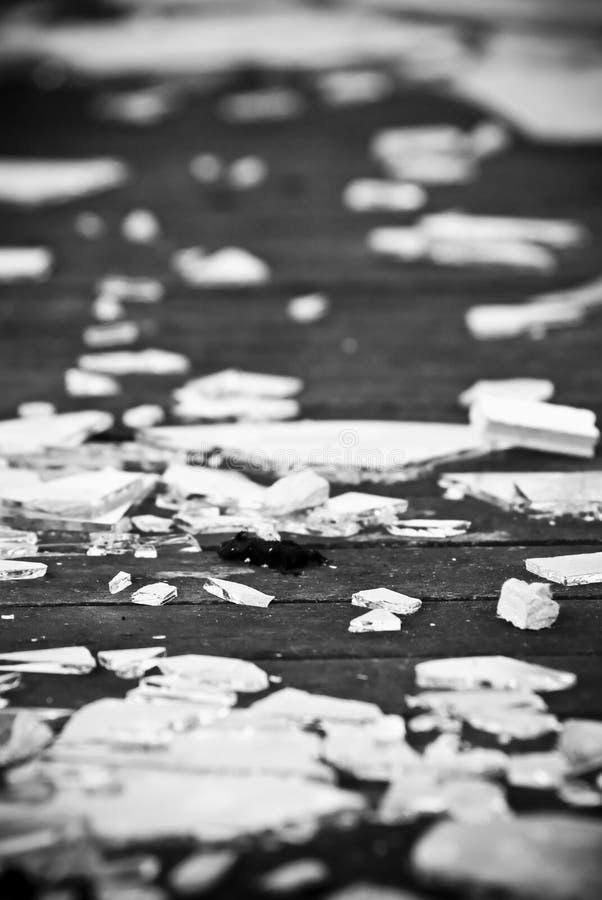 стекло сломанное предпосылкой стоковое фото rf