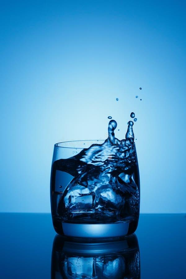Стекло чистой воды стоковое фото rf