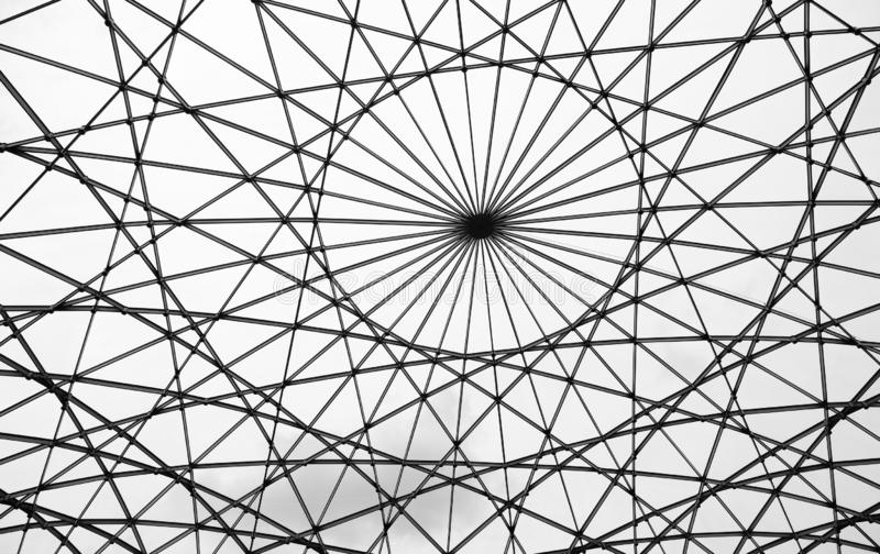 Стеклянная крыша с абстрактными математическими формами стоковое изображение