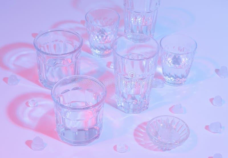 Стеклянные граненные стекла Освещение цвета Фотография искусства стоковое фото