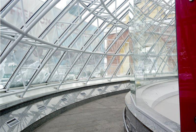 Стеклянный купол входа стоковая фотография