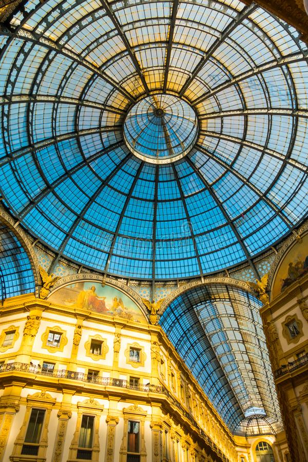Стеклянный купол Galleria Vittorio Emanuele стоковая фотография