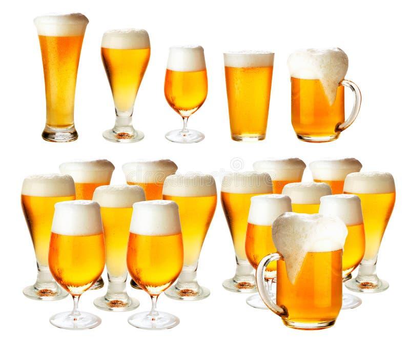 Стекла пива с качеством пены превосходным стоковая фотография