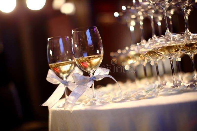 Стекла шампанского свадьбы стоковое фото