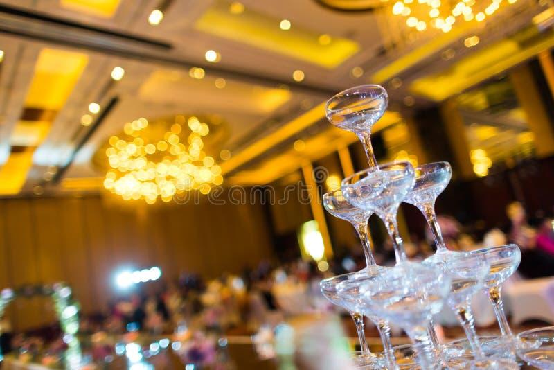 Стекла шампанского свадьбы стоковые изображения