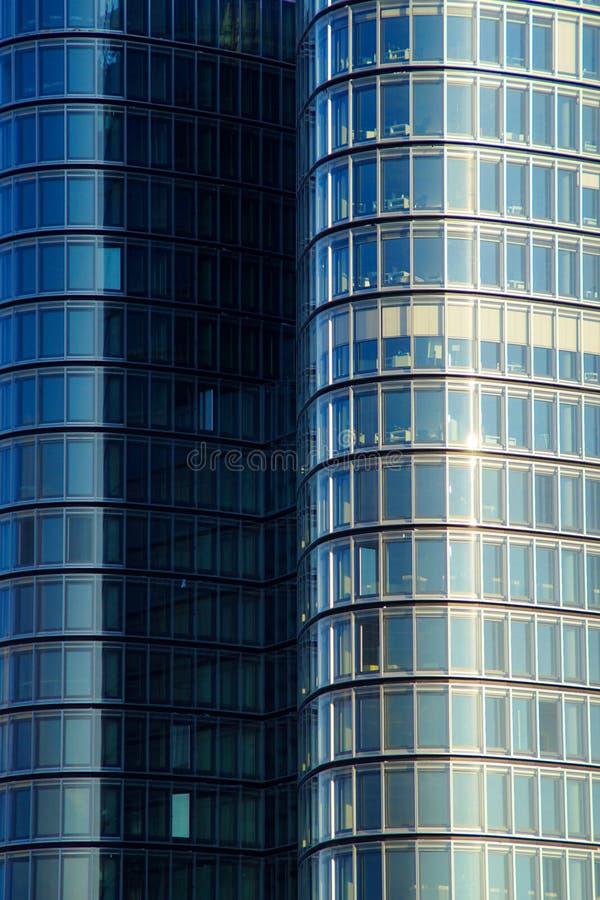 стекло фасада самомоднейшее стоковые фото