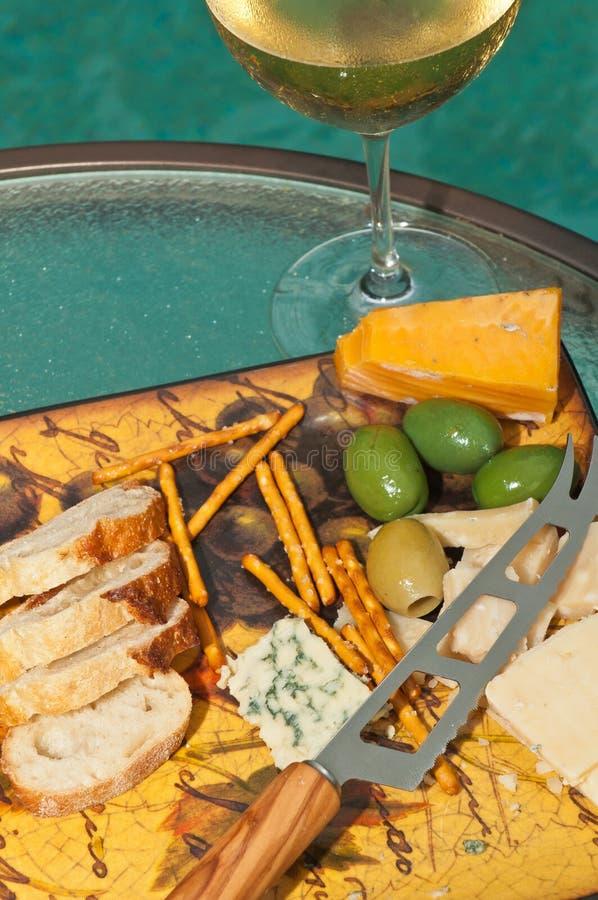 Стекло шампанского с закусками стоковые фотографии rf