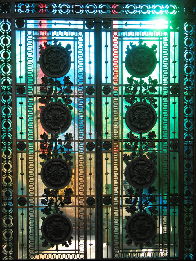 Стеклянные двери стоковое фото