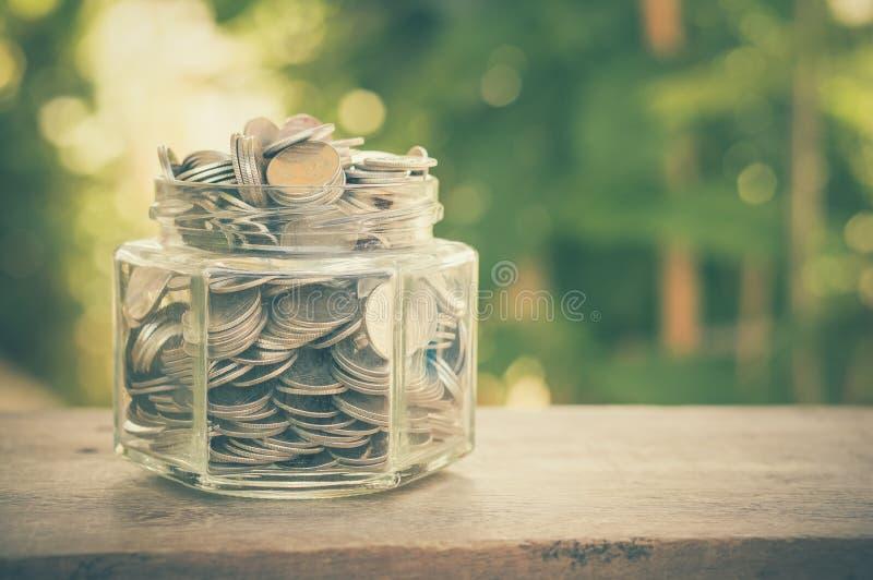 стеклянные деньги стоковое изображение