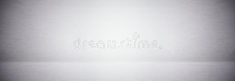 стена абстрактной мягкой нерезкости серые и белые и предпосылка студии стоковая фотография rf