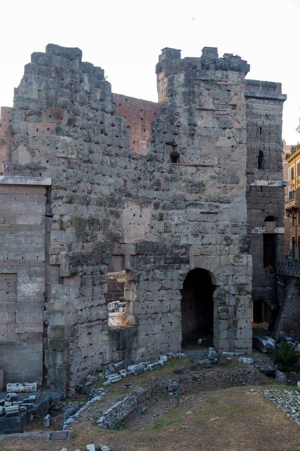 Стена в форуме августов в Риме, Италии стоковая фотография rf