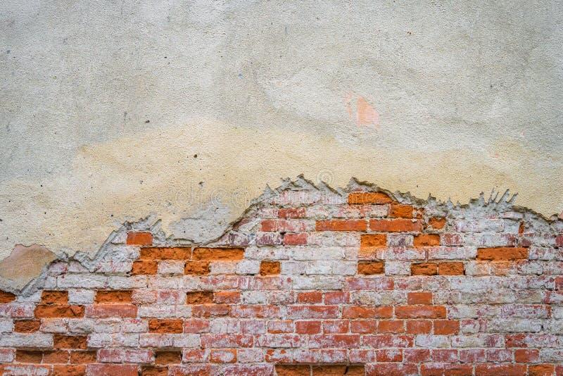 стена гипсолита кирпича старая стоковое изображение rf