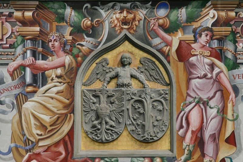 Стена дома мифологии Lindau стоковые изображения