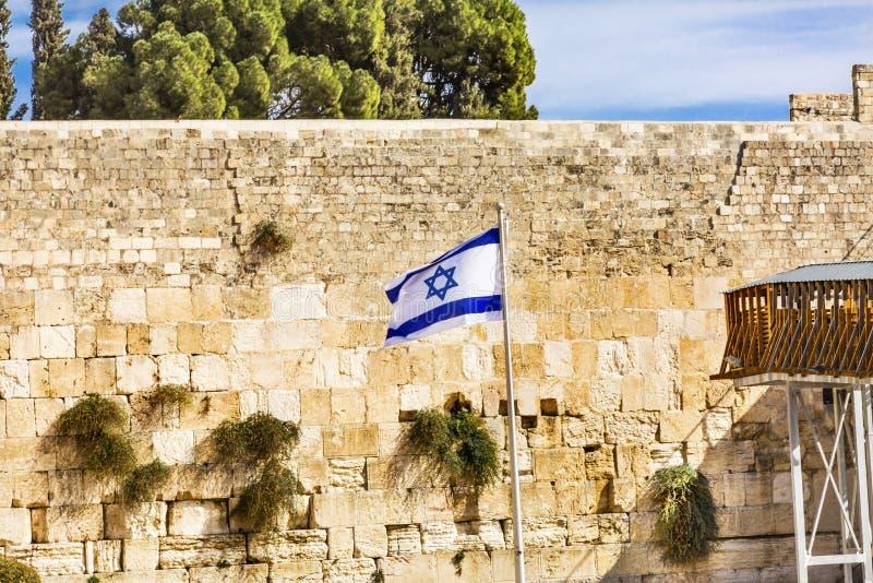Стена ` израильского ` флага западного голося древнего храма Иерусалима Израиля стоковая фотография rf