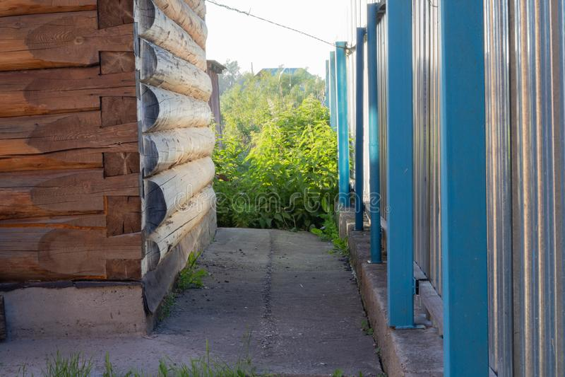 Стена и загородка стоковое изображение