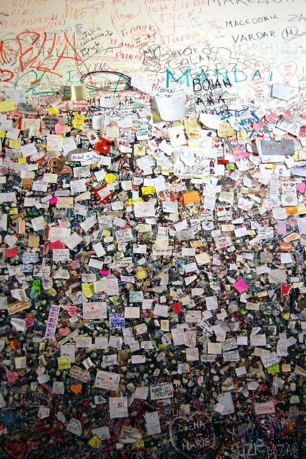 Стена любовников в Верона стоковые фото