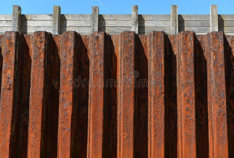 Стена обороны моря стоковые изображения