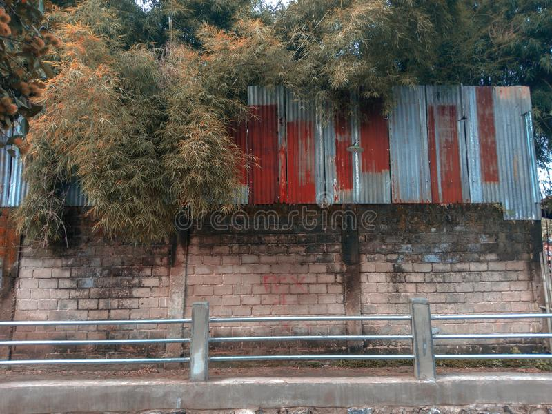 стена предпосылки текстурированная кирпичом стоковое изображение rf