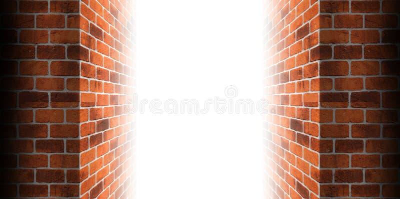 Стена углового кирпича идет к белому свету двери бесплатная иллюстрация