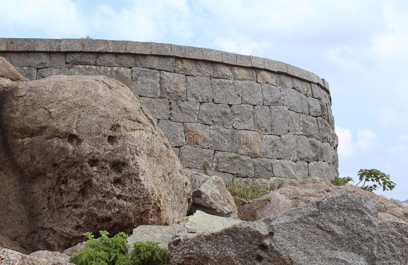 Стена форта Gingee стоковое фото rf