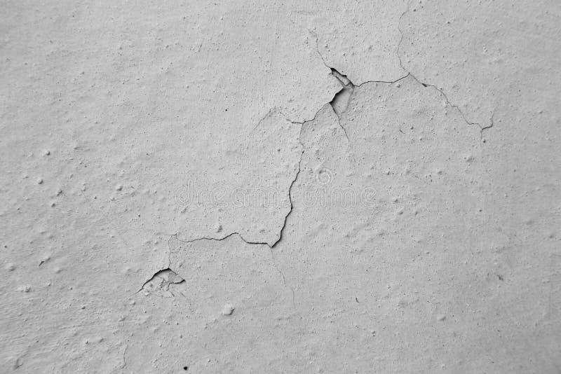 Стена цемента Grunge серая с отказом в ем стоковое изображение rf