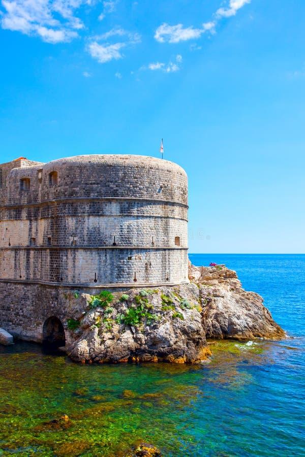 Стены города Дубровник стоковые изображения