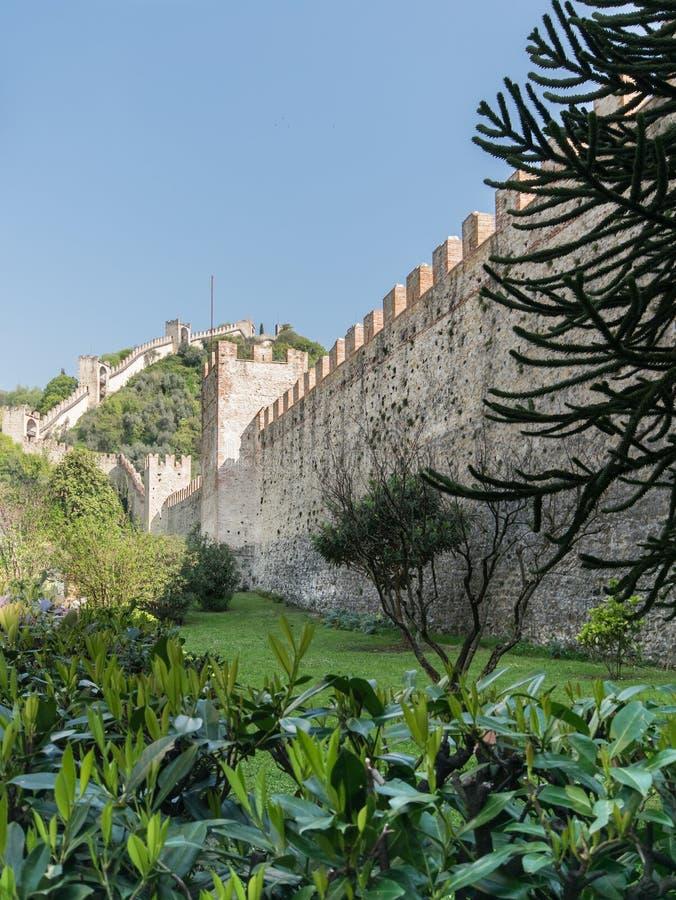 Стены окружая городок Marostica, Италии стоковые изображения rf