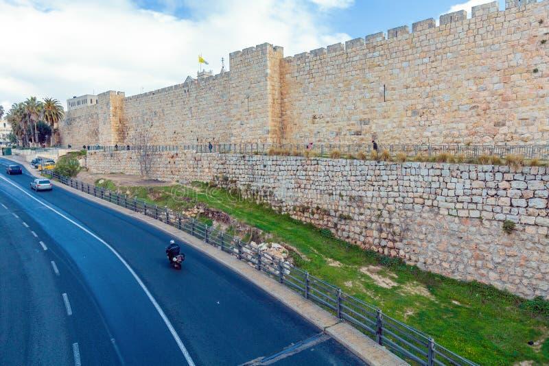 Стены древнего города, Иерусалима, Израиля стоковые фотографии rf