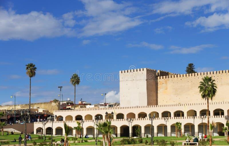 Стены старого medina в Meknes стоковое фото rf