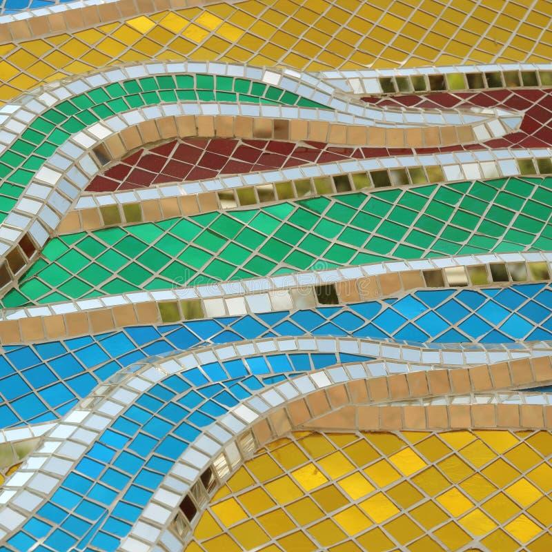 Стены украшены с красочной стеклянной текстурой стоковое фото rf