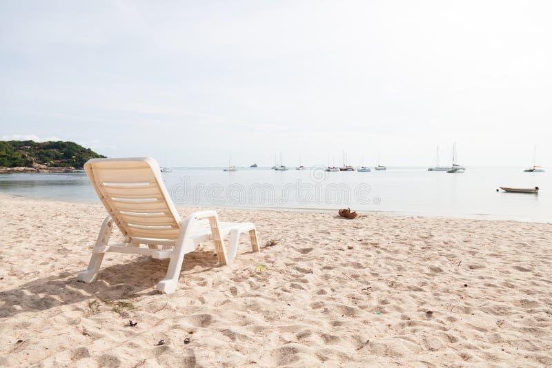 Стенд на пляже стоковая фотография rf